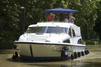 Naše kanálové lodě | Le Boat